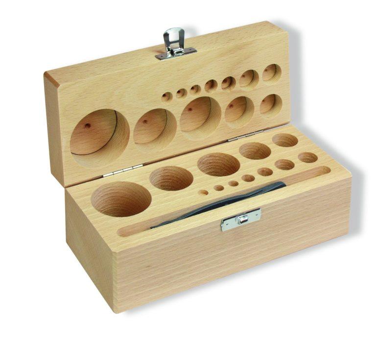 Coffret vide en bois pour rangement des poids cylindriques de précision