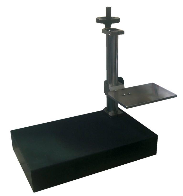 Photo du TL2 - Support à colonne pour rugosimètre portable