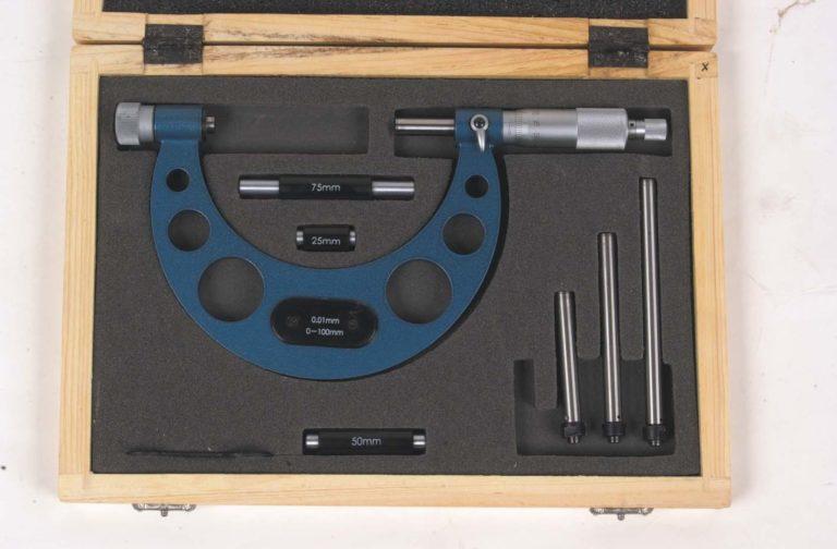 Micromètre d'extérieur à touches fixes, interchangeables